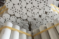 偏三孔高纯电熔氧化镁柱